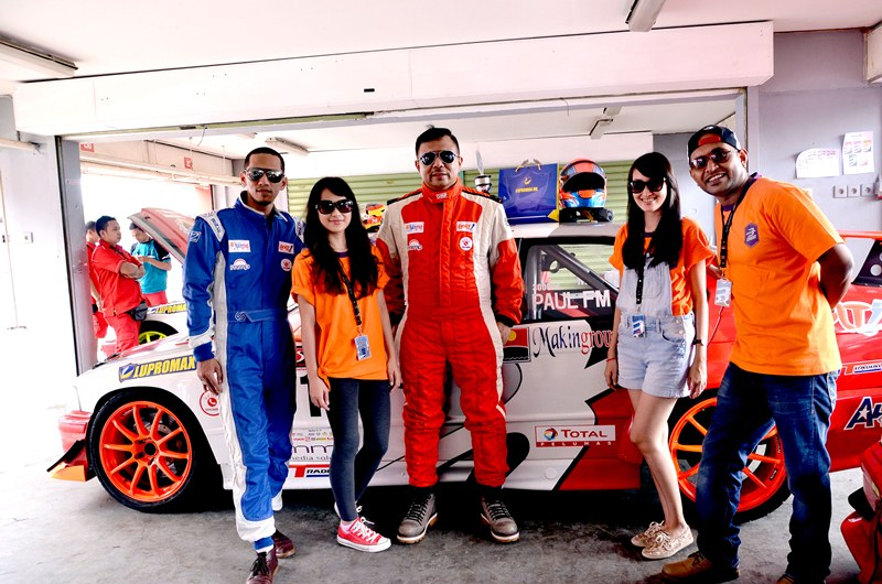 A+ with Carlo Saba in ABM Motorsport pit